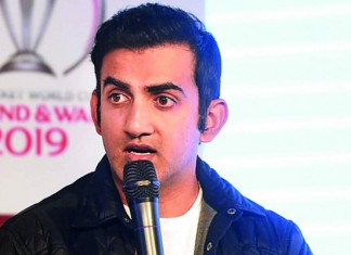 Gautam Gambhir performs last rites of his domestic help amid lockdown, earns praise