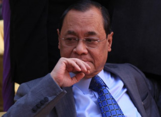 "Rajya Sabha: Former CJI Ranjan Gogoi sworn in amid ""shame"" chants"