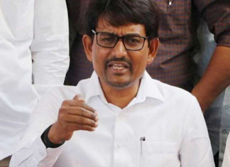 Alpesh Thakor trying to win lost ground as BJP's star campaigner in local body polls