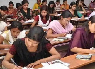 Guj govt asks varsities to conduct final year exams by September 30