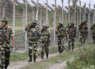 Pakistan fires artillery guns in ceasefire violation along LOC, 2 dead: Indian army