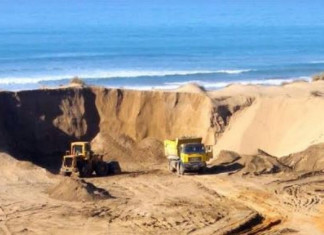 Mining dept officials attacked in Chhota Udepur for stopping illegal sand mining