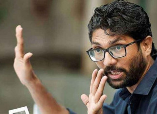 Jignesh Mevani moves HC, demands use of MLA fund for fight against COVID-19 in Vadgam