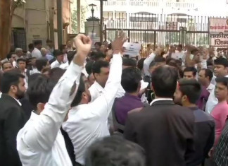 Lawyers Performance unchanged in Saket Court