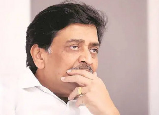 Maharashtra PWD minister Ashok Chavan admitted to hospital for COVID-19 treatment