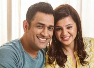 MS Dhoni Shares Throwback Video With Wife Sakshi on Instagram