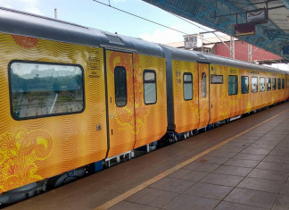 India's 2nd Private Train Ahmedabad-Mumbai Tejas Express IRCTC Inaugural Run on 17th Jan