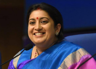 Smriti Irani Shares Old Video Clip of Two Young Girls to Teach Equality to Boys