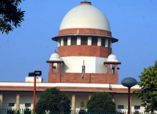 Send migrant workers home within a fortnight, SC tells Centre