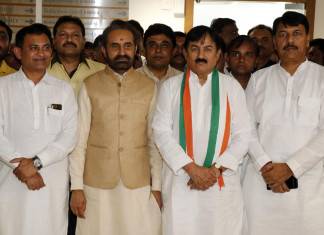 Gujarat Congress suspends 5 MLAs who resigned before RS Polls