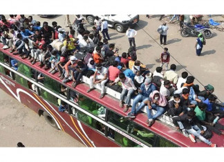 Centre criticises Kejriwal for mass exodus of migrants amid lockdown