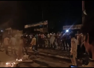Migrant workers resort to violence in Surat fearing lockdown extension