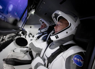 SpaceX: Two astronauts ready for their space travel next week