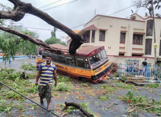 Amphan: Protests continue in Bengal for restoration of power, water supply
