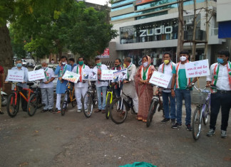 Cong workers in Rajkot take to bicycle to protest petrol, diesel price hike