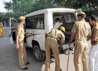 Ahmedabad police yet to identify cop who thrashed man inside a car in Jamalpur