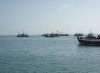 Fishermen from Porbandar fired at by Pak maritime officials,1 injured
