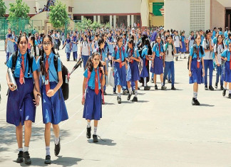 School fees: Govt may soon ask private schools to slash it by 25%