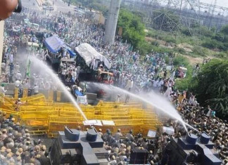 Haryana Police uses tear gas, water cannons on farmers protesting against new farm laws