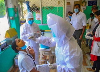 Daily surge in COVID-19 cases dips to 10,064 in India, 4.54 lakh people vaccinated
