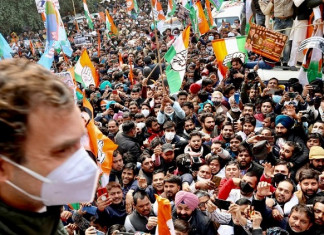 Rahul Gandhi says farm laws meant to finish farmers