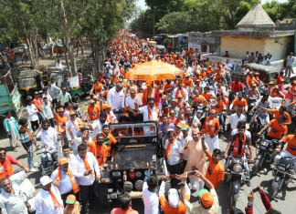 BJP shifts gears in Surat ahead of civic poll to woo voters