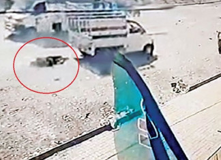 Wife in Surat ties husband to a tempo and drags him around!