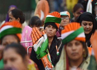 Tussle with police in Akhdol village in Nadiad, Vote For Congress slogans shouted during polls