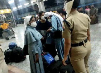 ABVP workers harass nuns, force them to deboard train at Jhansi station