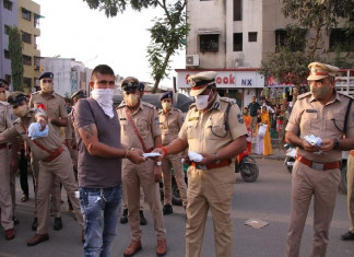 Surat Police does a U-turn on masks, says violators will have to pay a fine